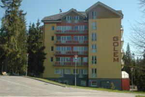 Apartmánový dom Golem