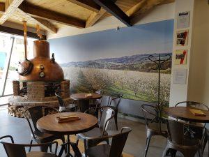 Degustačný bar a podniková predajňa R. Jelínek