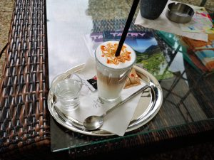 J&T Banka Café